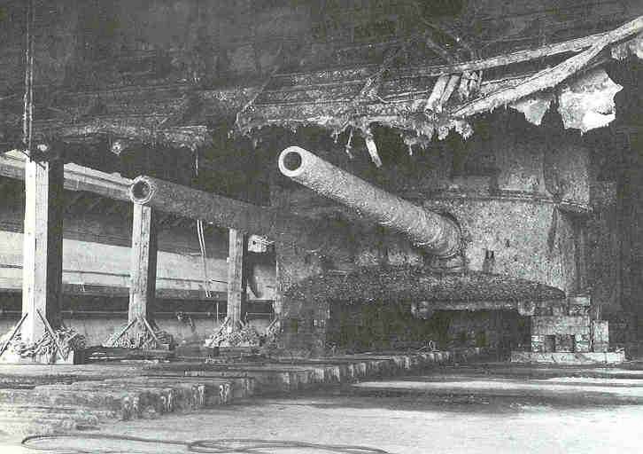 IJN Musashi Wreck Photos http://warships1discussionboards.yuku.com/topic/7477/IJN-Battleship-MUSASHI-to-be-salvaged-seriously?page=3