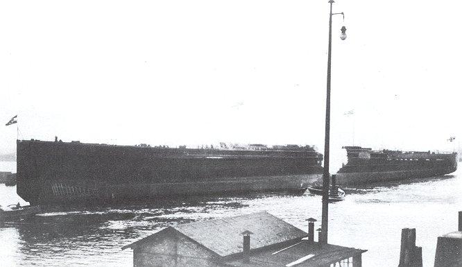 SMS_Mackensen-launch_17Apr1917-2.jpg