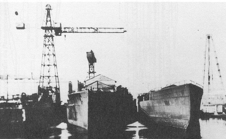 SMS_Mackensen-u-GrafSpee-fitting-out.jpg
