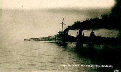 SMS_Seydlitz-batdam-ptbow-atsea.jpg